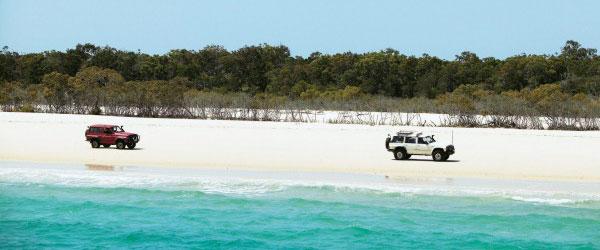 East Coast 4WD hire - Rainbow Beach 4WD Drive